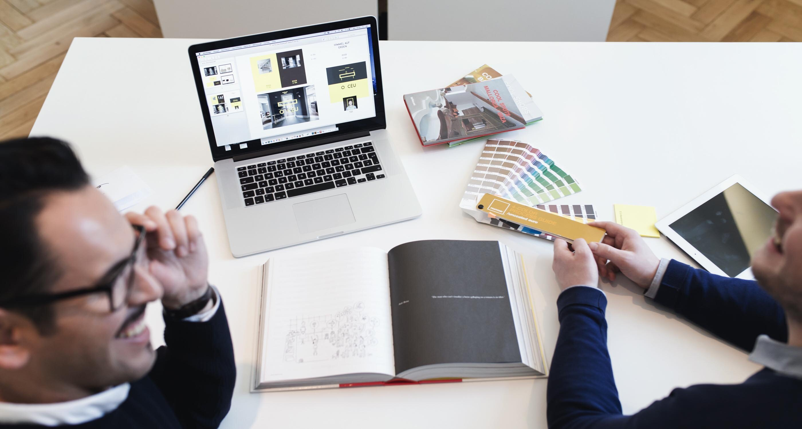 dein praktikum als digital designer in m nchen. Black Bedroom Furniture Sets. Home Design Ideas